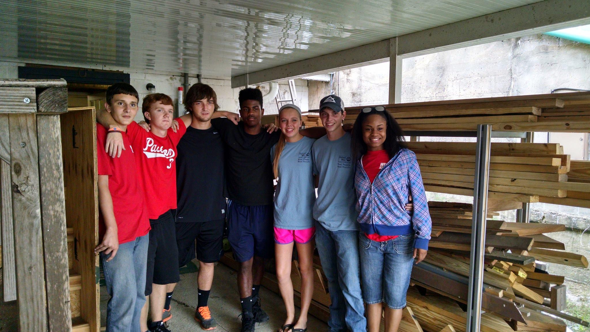 Paxton Key Club Volunteers
